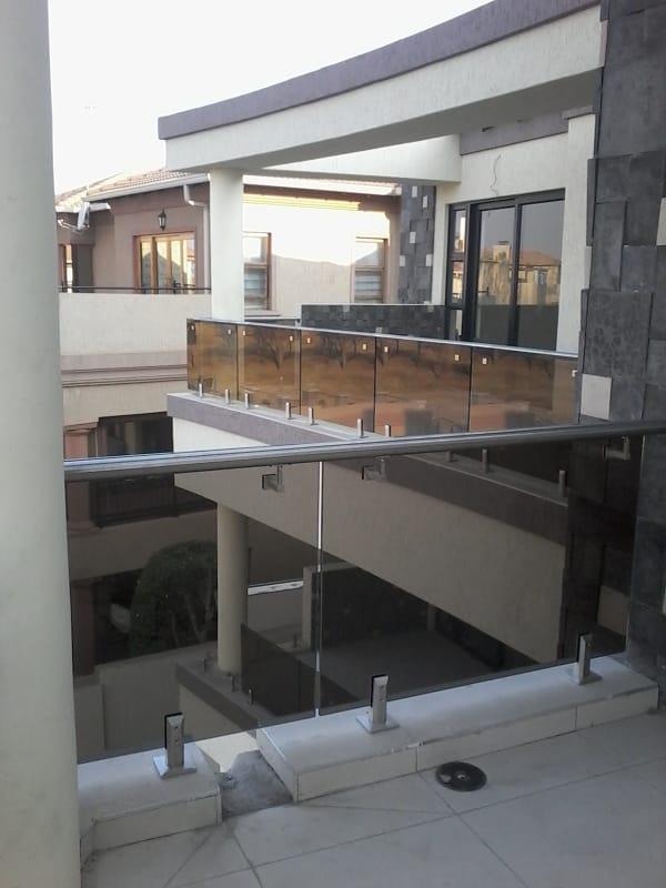 Bultrading Frameless Glass Balustrades 01